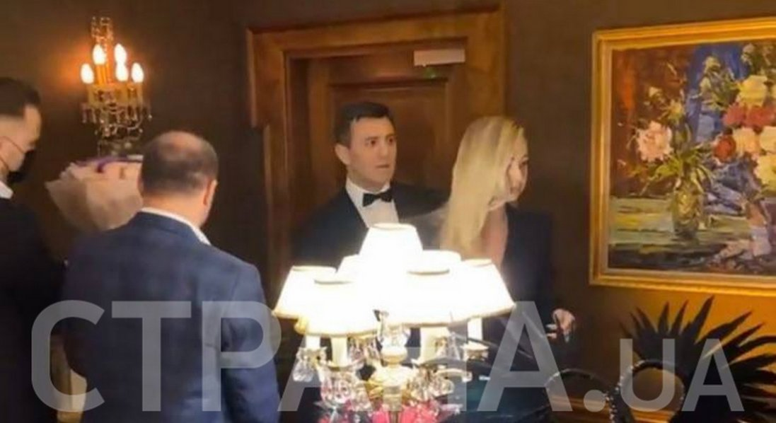 Тищенко влаштував вечірку для дружини в розпал локдауну в Києві
