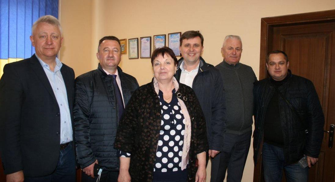 Луцька райрада передала Городищенській громаді 7 приміщень ФАПів під соціальне житло