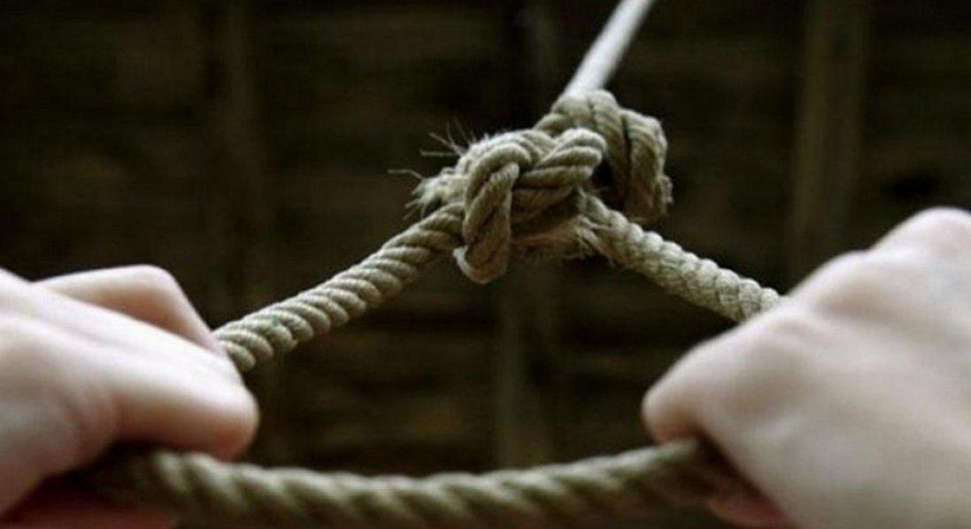 У передсмертній записці звинуватила вчителів у булінгу: школярка покінчила з життям