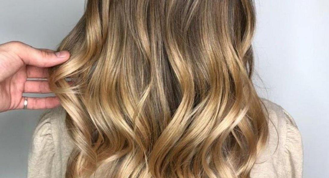 Як зберегти колір волосся після фарбування: секрети від перукаря