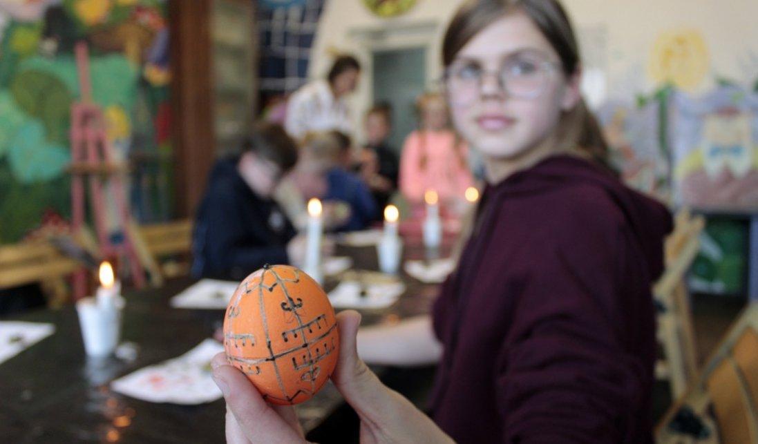 Патріотично, позитивно, яскраво: передвеликодній майстер-клас для дітей від «Кромберг енд Шуберт Україна Лу»