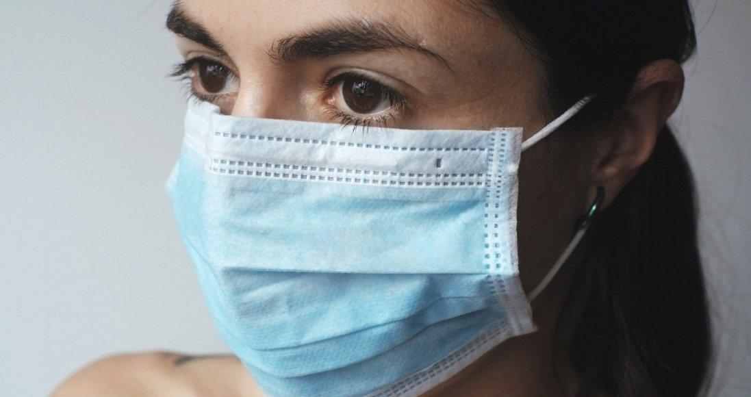 Як зберегти макіяж під захисною маскою: секрети від візажиста