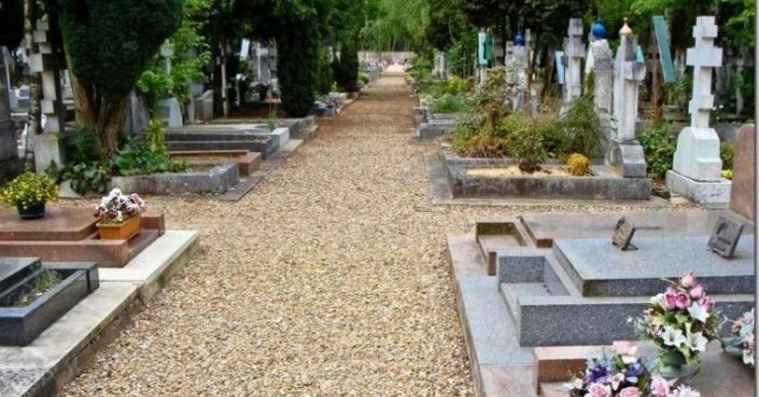 Що станеться, якщо випадково наступити на могилу на кладовищі