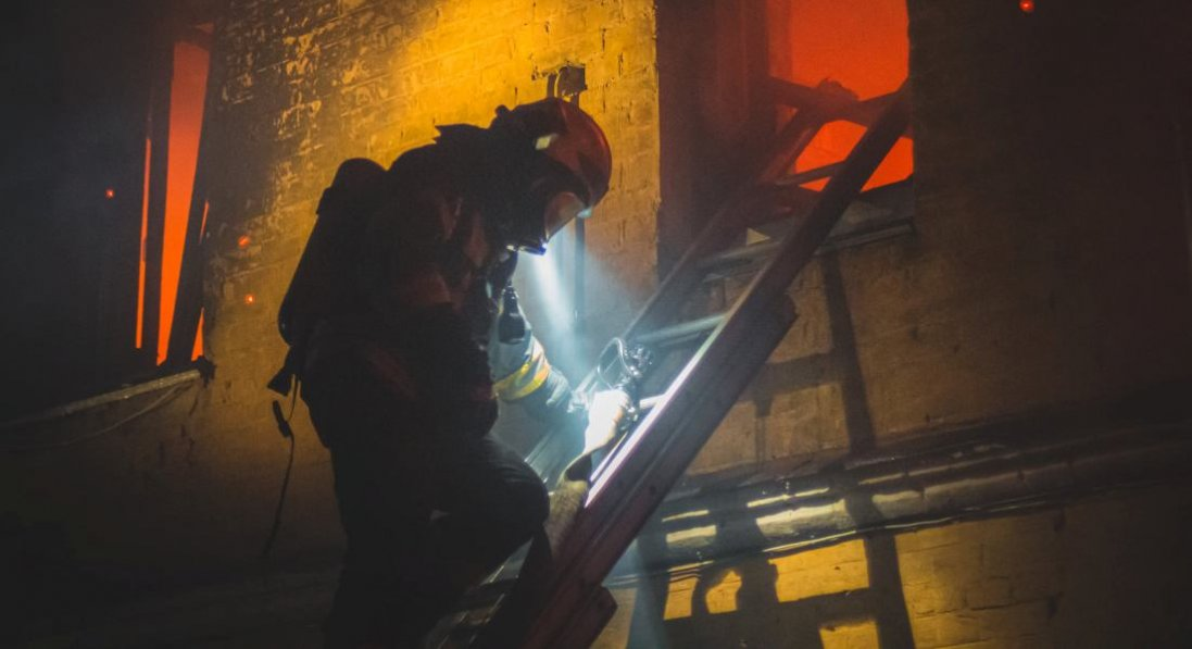 УКиєві під час пожежі загинули дві людини