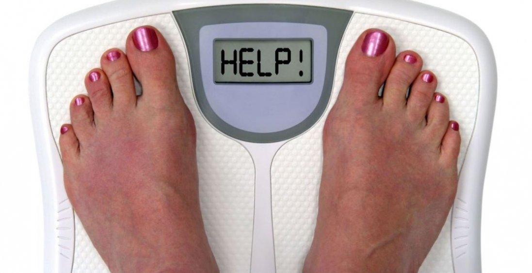 Звички, які заважають схуднути: перелік від дієтологів