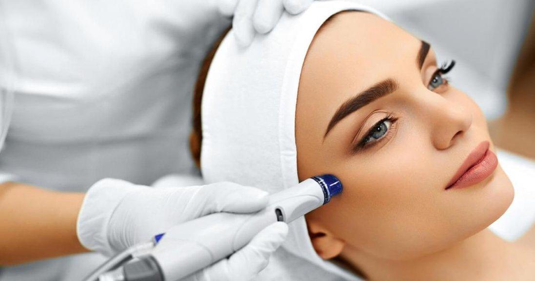 Найпопулярніша косметична процедура під час пандемії COVID-19