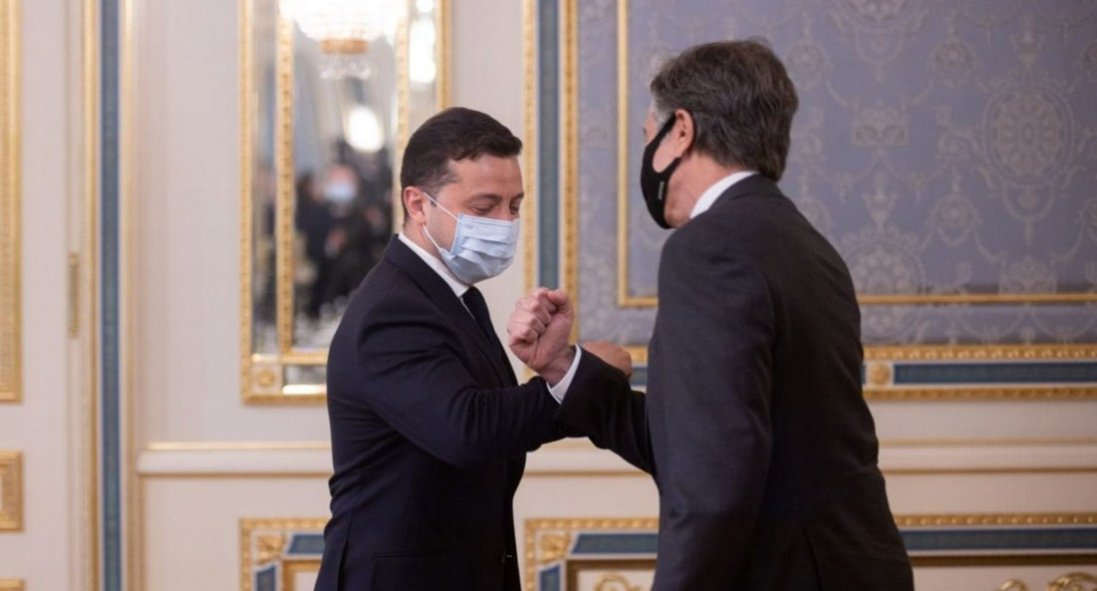 Про що Зеленський спілкувався з держсекретарем США Блінкеном