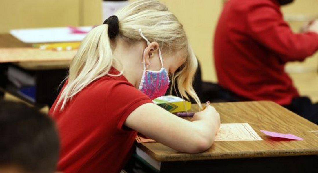 У чотирьох обласних центрах школярі продовжать навчання влітку