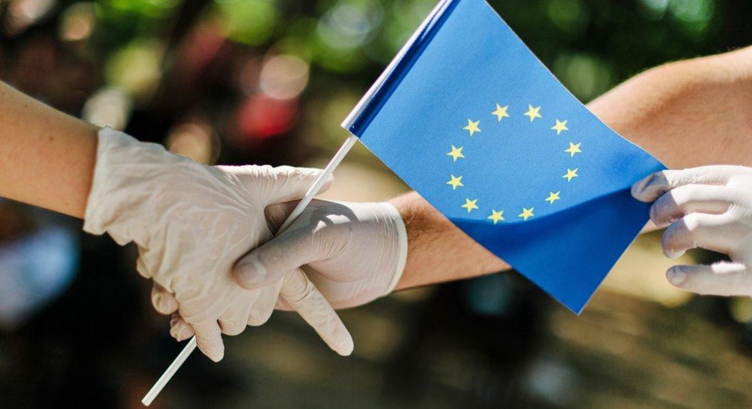 Туристи, які вакцинувалися, можуть подорожувати до країн ЄС