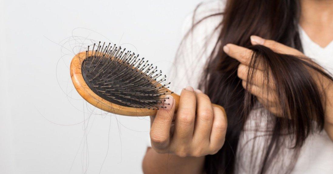 Як уникнути випадіння волосся: поради дієтолога