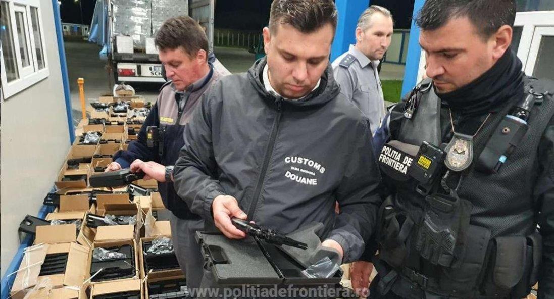 Рекордна контрабанда: українець хотів ввезти в Румунію майже 3000 револьверів