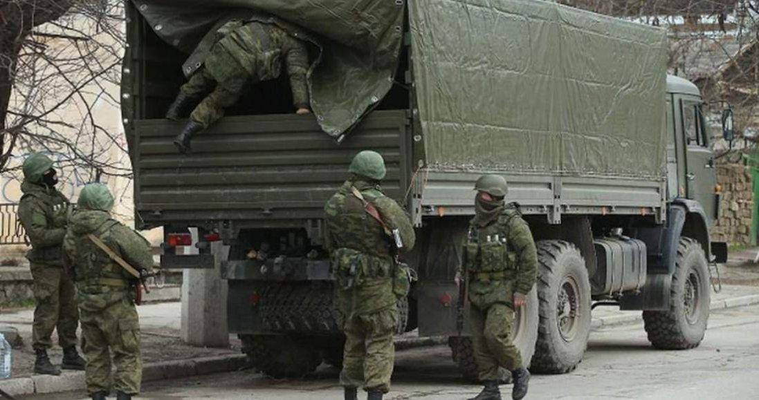 На Донбас Росія завозить нове озброєння