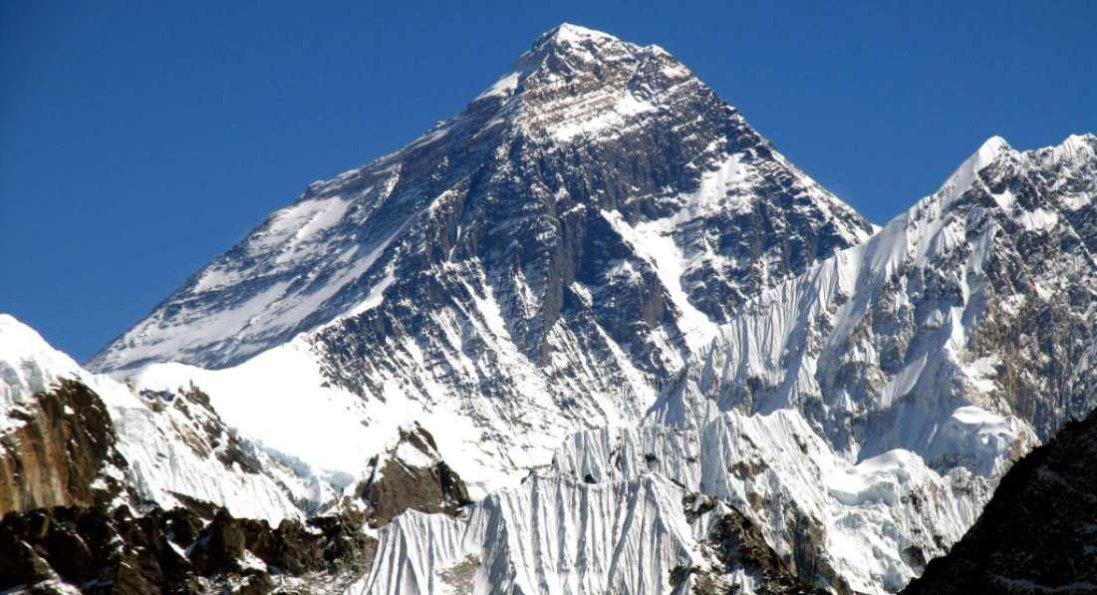 55-річний мешканець Львова підкорив Еверест