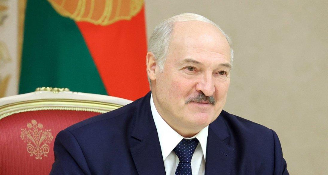 КНУ позбавив Лукашенка звання почесного доктора