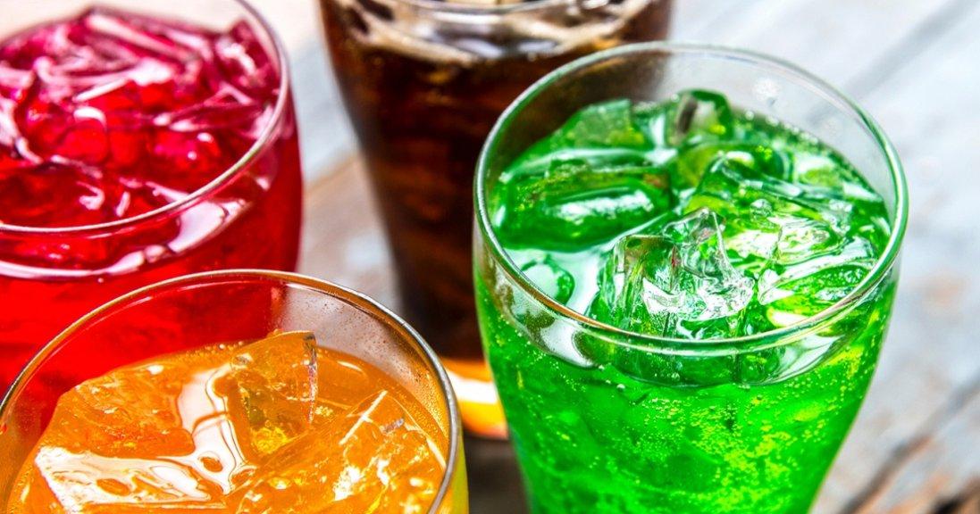 Від яких напоїв треба відмовитися на дієті