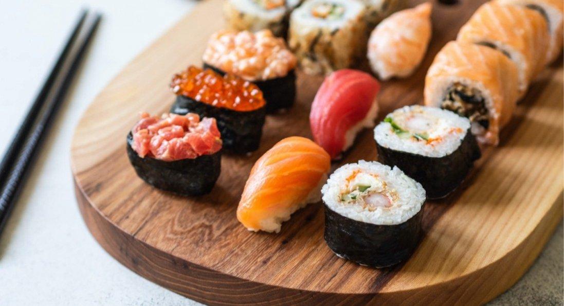 Доставка вкусных суши в Киеве - Watatsumi
