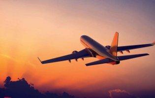 У Польщі аварійно посадили літак, який летів в Україну. Чому?