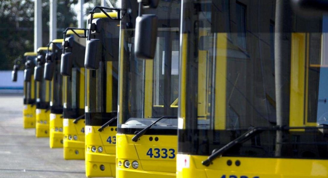 Ремонт дороги в центрі Луцька: змінили схему руху тролейбусів