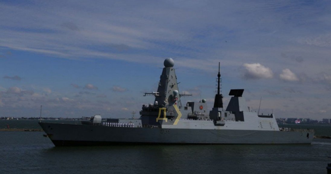 У порт Одеси зайшли 2 кораблі НАТО
