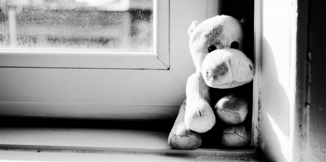 В Одесі 3-річна дівчинка вижила після падіння з вікна квартири на 9 поверсі