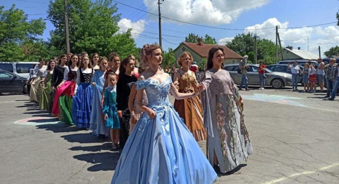 Туристичний сезон в Олиці стартував фестивалем «Олицька переберія»