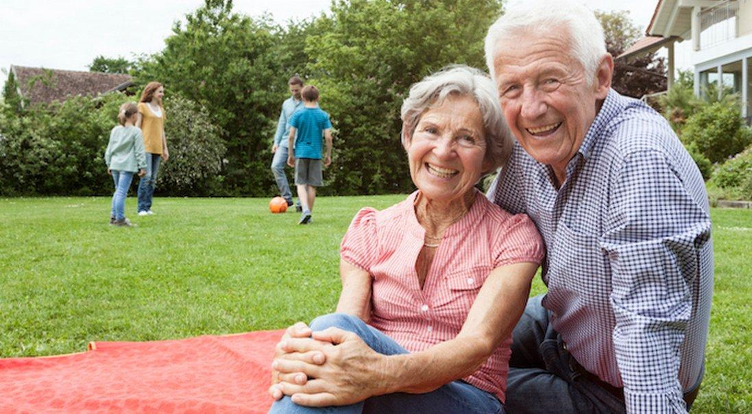Кохалися, одружитися збиралися, але стали щасливими в будинку для престарілих