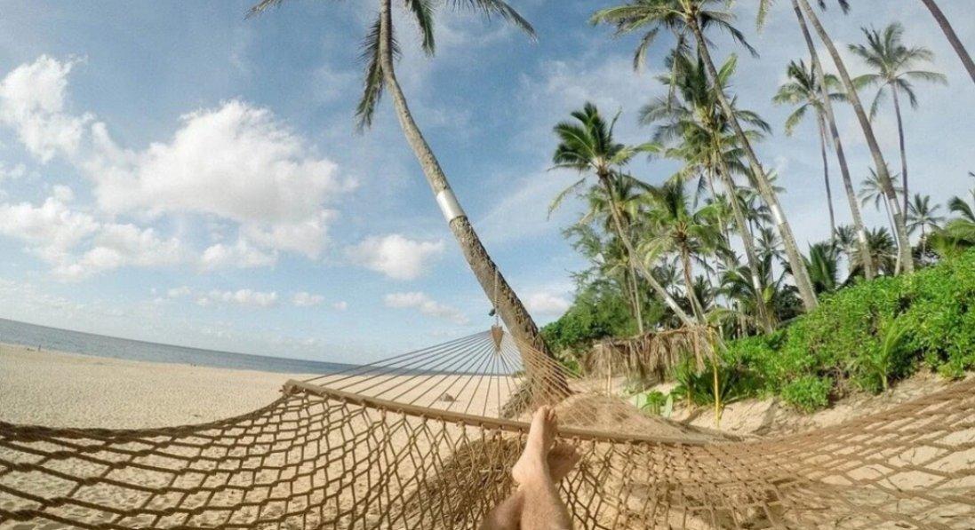 Відпустка без розчарувань: що слід передбачити, подорожуючи гарячими турами