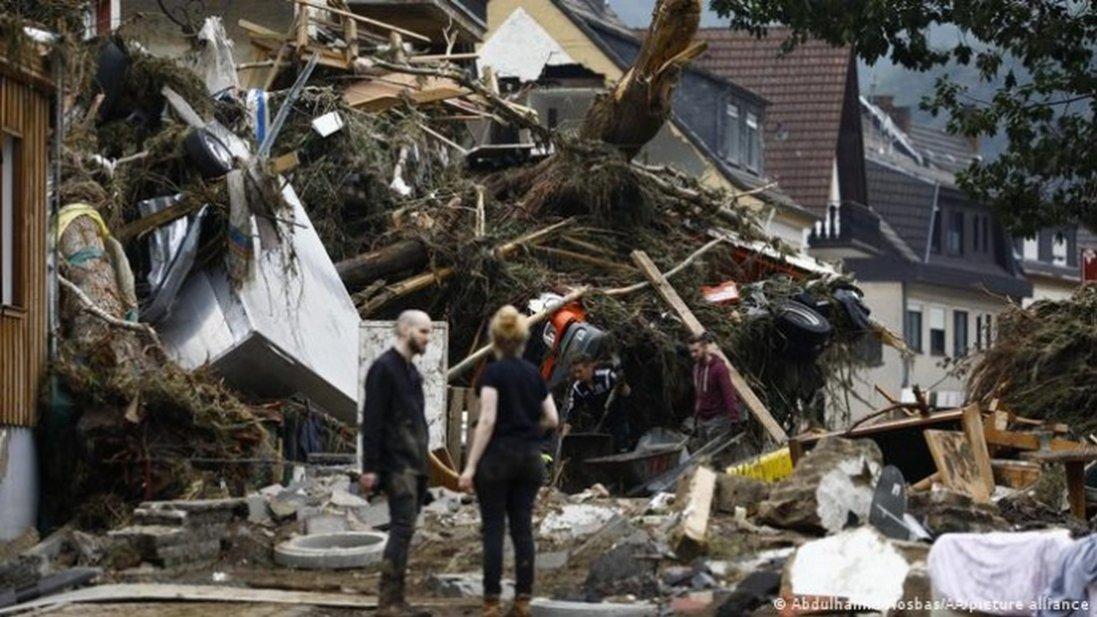 Кількість загиблих внаслідок повені у Німеччині зросла до 156