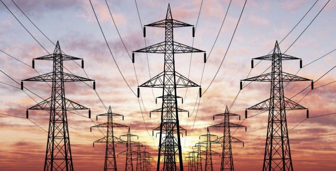 Гроза лишила без світла 353 населені пункти у 13 областях
