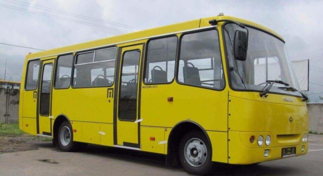 У Луцьку тимчасово змінять рух кількох маршруток і тролейбусів: що треба знати