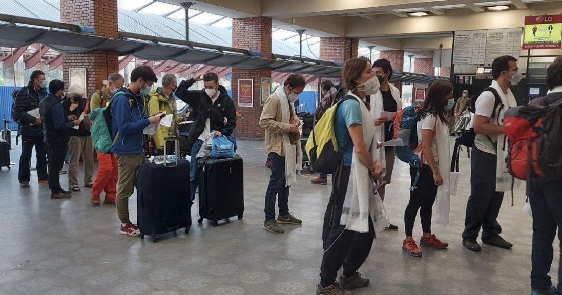 Через поширення «Дельти» від сьогодні починають діяти нові правила в'їзду до України: що зміниться