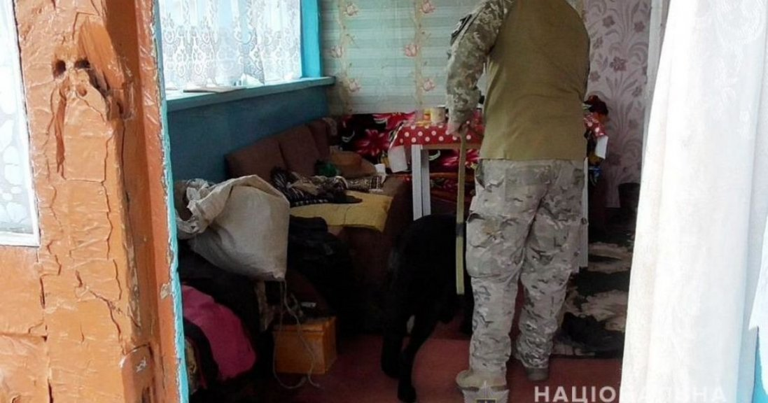 Табуреткою по голові: у Вінницькій області чоловік, який відсидів за побиття товариша, цього разу вбив його