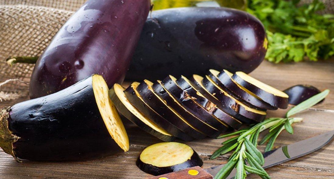 Ці іноземні закуски із баклажанів приємно здивують ваших гостей: рецепти