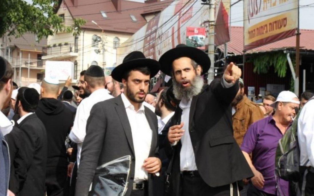Святкова молитва, хороводи та шашлики на балконі: як в Умані минули святкування іудейського Нового Року