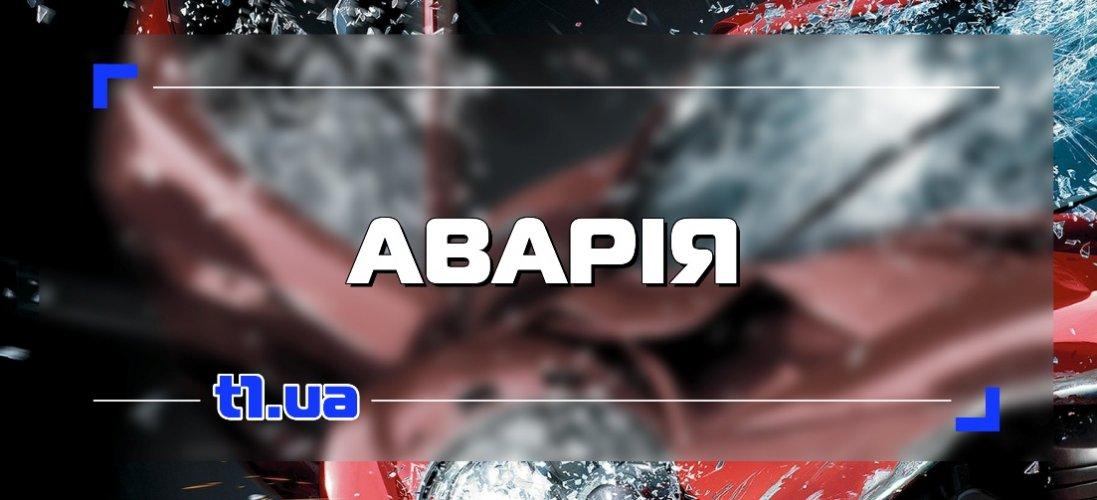 Аварія в Луцьку за участю таксі та мотоцикліста: з'явилося відео
