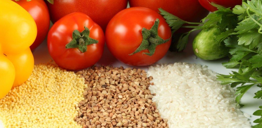 Крупи та овочі: на які продукти в Україні зросла вартість, а що подешевшало