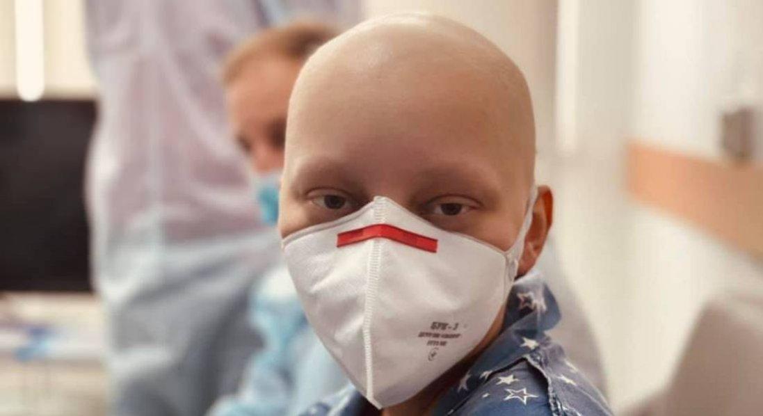 Вперше в Україні: пацієнту трансплантували кістковий мозок від неродинного донора