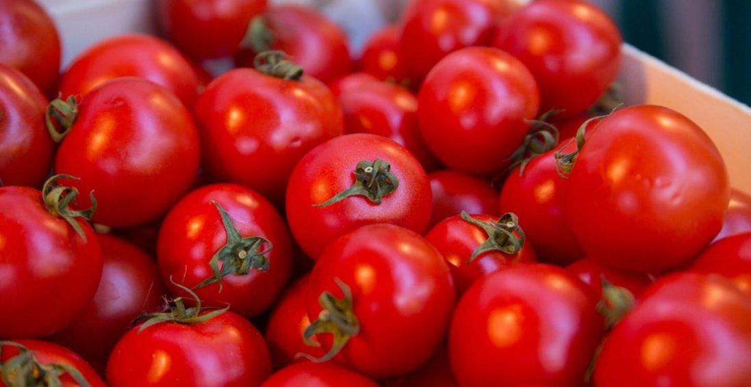 Варення, торт: рецепти 5 незвичних страв із помідорів