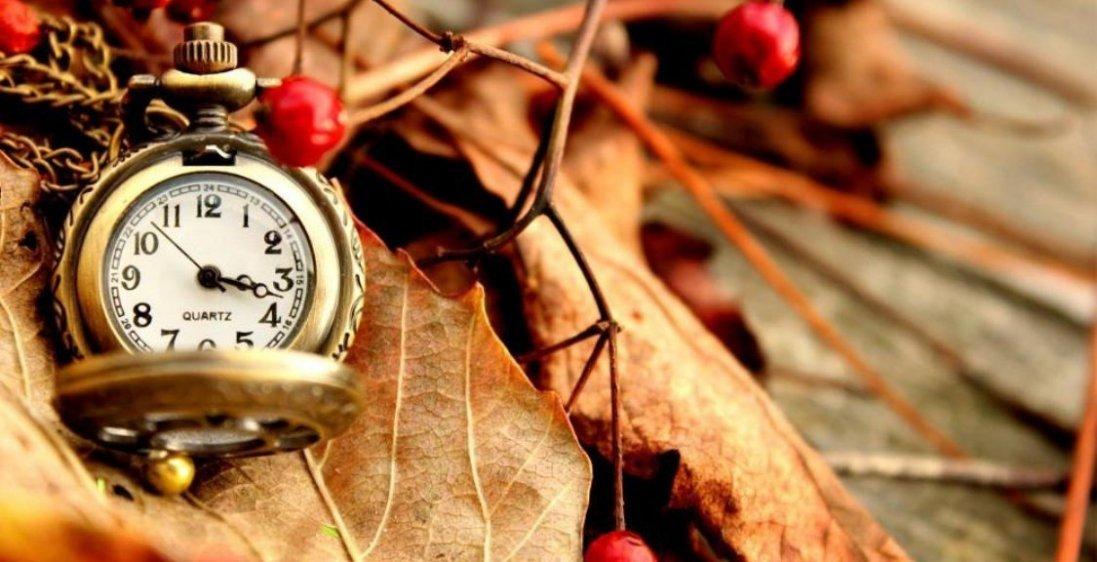 Зимовий час 2021: коли переводять годинники