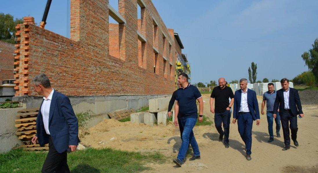 На якому етапі будівництво спорткомплексу в Торчині