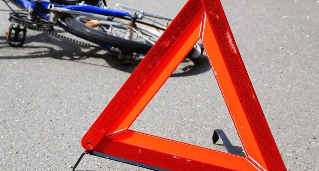 У селі на Волині водій авто збив велосипедиста: він - у комі