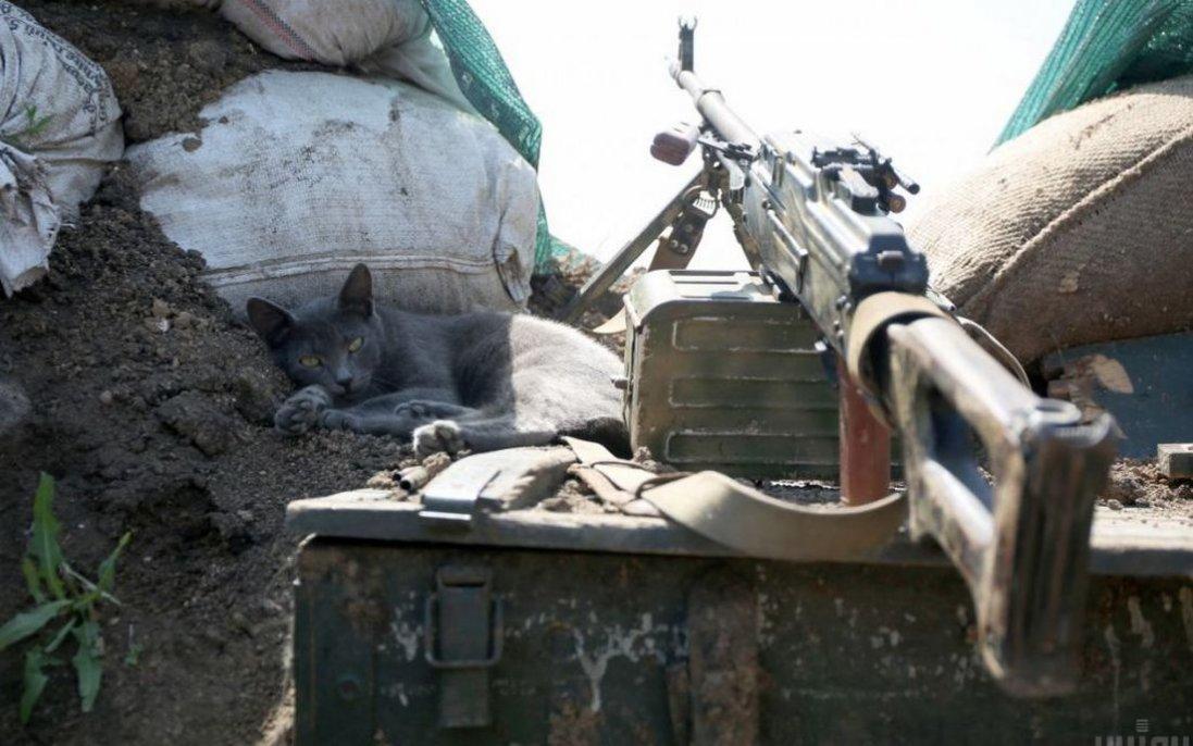 Ситуація на Донбасі: бойовики ведуть обстріли, є поранений