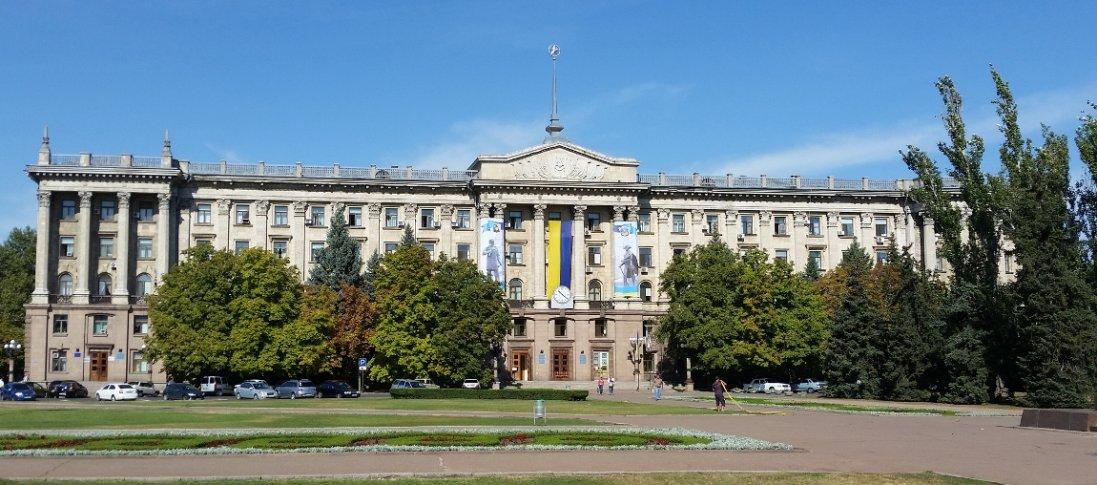 У Миколаєві деяким чиновникам і журналістам заборонять вхід до міськради. Чому?