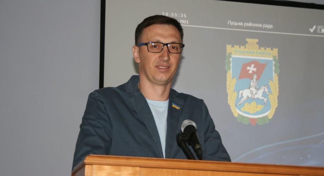 «Керувалися здоровим глуздом»: депутат Луцької райради Микола Кравчук звітував за рік роботи