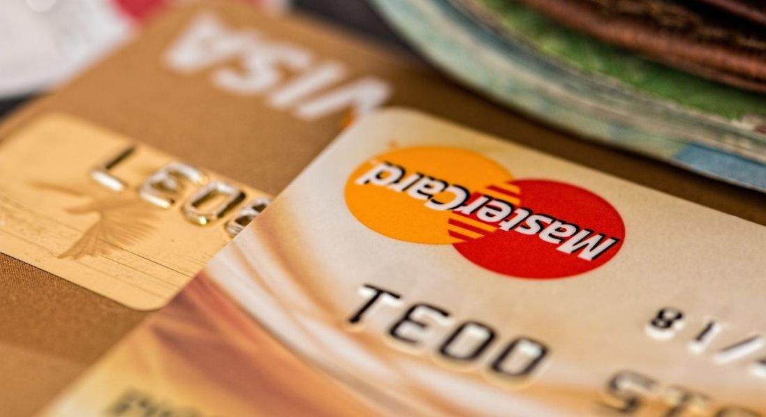 Де в Україні можна взяти гроші в кредит під 0 відсотків?