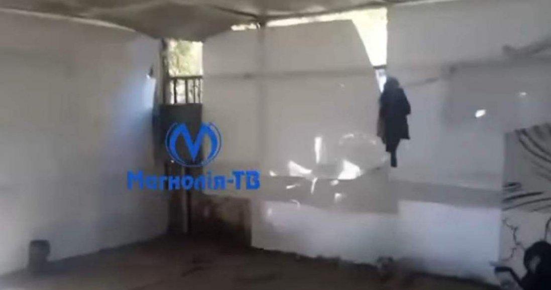«У будинку з гіпсокартону»: чому  у Києві сім'я з немовлям живе у нелюдських умовах