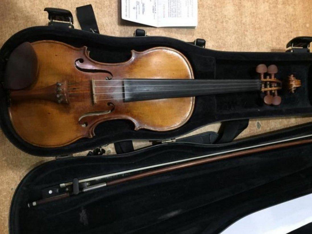 Через волинський кордон намагалися перевезти німецьку скрипку 20-тих років