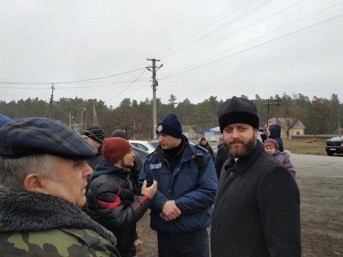 У селі Кульчин триває релігійне протистояння між прихільниками ПЦУ та прибічниками УПЦ (МП) 6