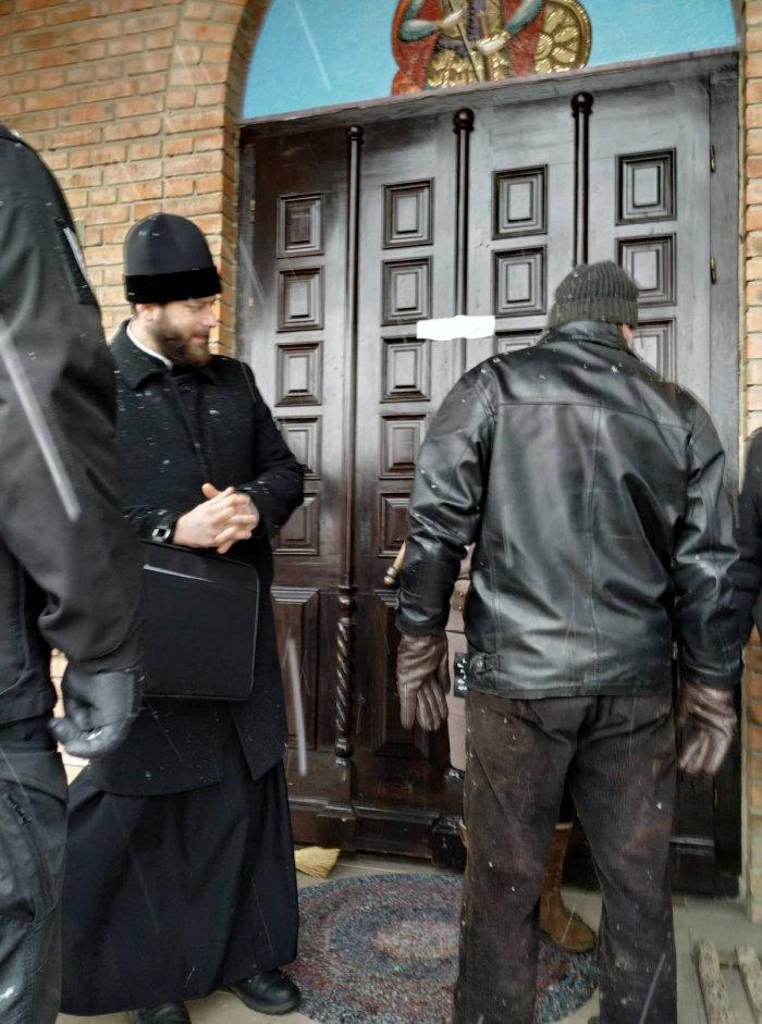 У селі Кульчин триває релігійне протистояння між прихільниками ПЦУ та прибічниками УПЦ (МП) 4